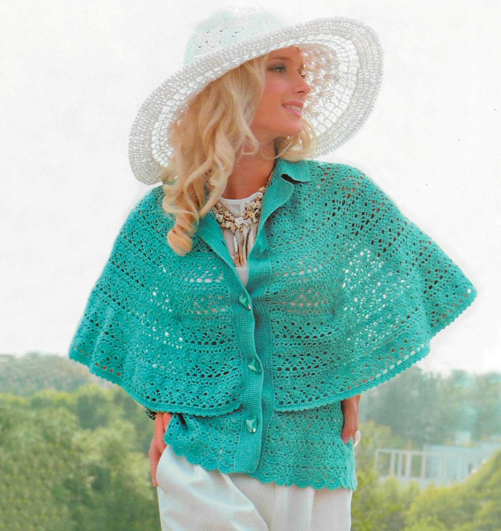 Crochet Patterns Capes : OTHER Capelet (cape) Crochet cape PATTERN, crochet capelet pattern ...
