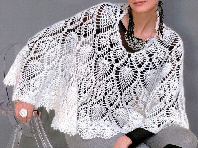 Crochet Patterns Capes : Crochet cape PATTERN, crochet capelet pattern with pineapple motif ...